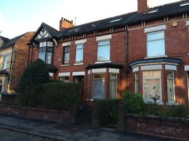 GRANVILLE ROAD - 6 BED. Available 1st July 2017 - 30th June 2018. Students / Professionals Only.