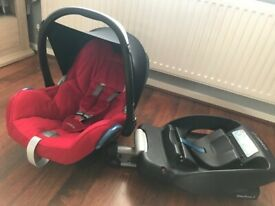 Maxi Cosi car seat with car easyBase
