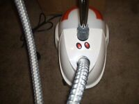 CLOTHES STEAMER, NEW, UNUSED. FULLY WORKING.