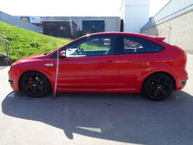 FORD FOCUS 2.5 ST 3d 225 BHP FULL YEAR MOT + SERVICE RECORD + VERY LOW GENUINE MILEAGE