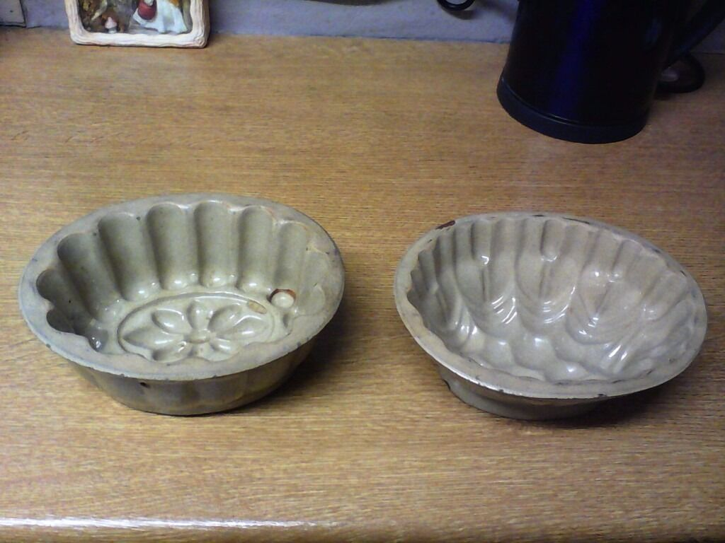 OLD JELLY MOULDS PLUS BED FOOT WARMER PLUS POTTY