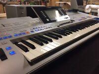 Yamaha Tyros 4 Arranger Workstation Keyboard including TRS MS04 speaker system.