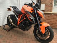 KTM 1290 Superduke R - 14MY - Full Akrapovic exhaust - 7200m - £3k+ worth of accessories included