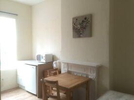 Newly refurnished en-suite double room in Erdington to let