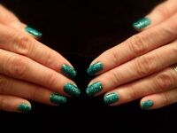 Mobile Beauty Therapist - Shellac, Spray Tanning, Eyelash Extensions, Facials & More