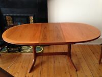Beautiful Pine dining table