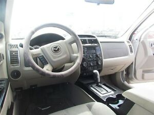 2008 Mazda Tribute GS * INTEREST AS LOW AS 3.9% London Ontario image 8
