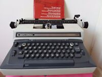 Typewriter electric - Smith-Corona Coronamatic C 800. Good condition