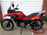 BMW G650GS MOTORBIKE RED 2011