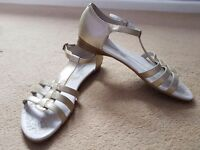Hush Puppies gold sandals size 6
