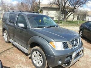 2007 Nissan Pathfinder LE | 7-seater SUV | Call Now