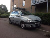 Renault Clio MKII --High Spec, Low mileage, Ideal first Car