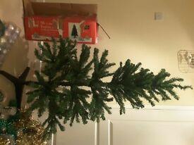 5ft artificial b&q green Christmas tree