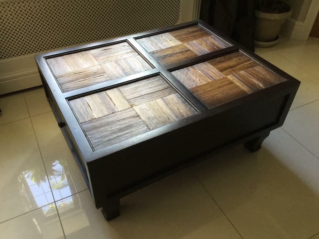 Banana leaf coffee table with drawers over 200 when new in banana leaf coffee table with drawers over 200 when new geotapseo Image collections