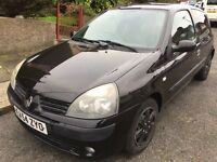 Renault Clio Extreme Edition Black Hatchback for sale!