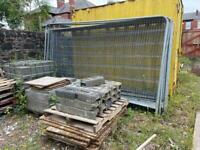 17 Heras site fence panels and feet.