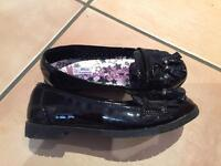 Girls school shoes junior size 2