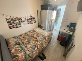 *ALL BILLS INCLUDED* *JULY 2021* STUDENTS! Furnished Self Contained Studio Flat Near Norfolk Square