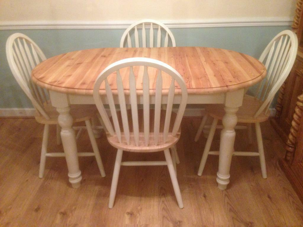 Solid wood Kitchen Dining farmhouse Oval extending dining table with four cha