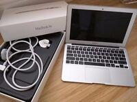 "Apple MacBook Air 11.6"" Laptop - MD711B/B (April,2014)"