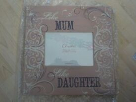 "Brand New - Mum & Daughter Photo Frame - Takes a 7"" x 5"" - with Box - Collect PE27"