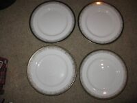 Royal Grafton 'Majestic' Dinner Plates x 4