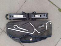 Fiat Multipla/Fiat Doblo Jack and Handle Kit.