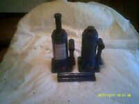 A PAIR (2) OF 5 TON BOTTLE JACKS FOR VEHICLE LIFTING ETC