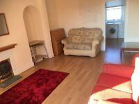 2 Bed First floor flat in quiet area