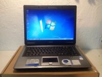 fast asus laptop / BRAND NEW BATTERY/windows 7/office 2013/ram2gb /core 2 duo
