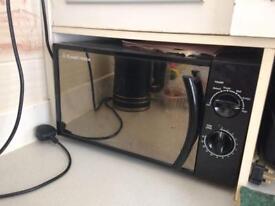 Russel & Hobbs microwave