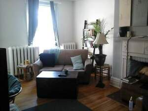 211.5-2 Queen St - 2 Bedroom Multi-Unit House for Rent