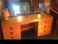 IMMACULATE MID CENTURY DRESSING TABLE