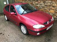 52 Renault Megane 1.4 - MOT till end Sept - Alloys, Electric windows, CALLS ONLY