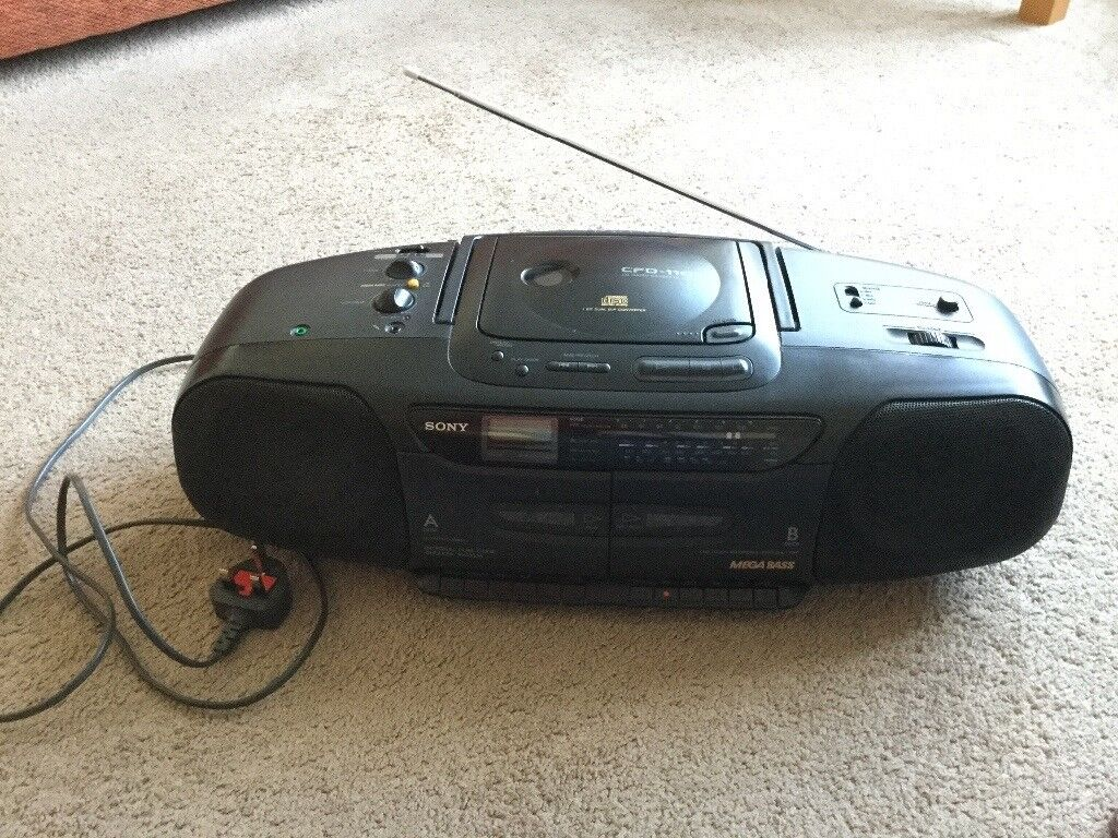 Sony CD, Radio, Cassette player (CFD-11OL), Excellent condition