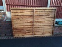 Qty of 2 New unused 6' x 4' fence panels