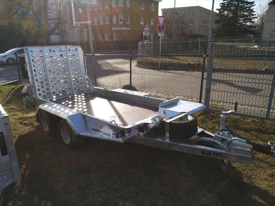 Ifor Williams Anhänger GH94 Baumaschinentransporter in Weiden (Oberpfalz)