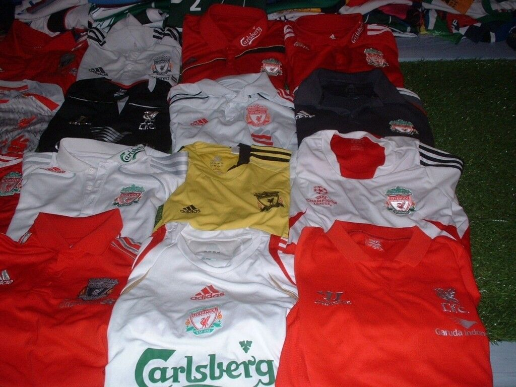 aed2515386f00 Joblot x 40 Branded Official Liverpool FC Football Leisure Tops Adidas New  Balance Warrior Etc