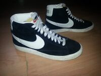 GENUINE LADIES NIKE BLAZERS TRAINERS SIZE 4 1/2