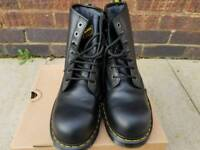 Dr Martens Industrial 7B10 Safety Boots