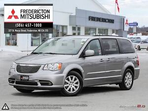2016 Chrysler Town & Country TOURING! BLURAY DVD! STO N' GO! REA