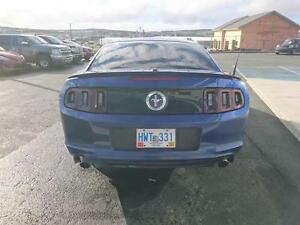 2013 Ford Mustang 2dr Cpe St. John's Newfoundland image 5