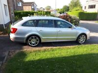 Skoda Superb Elegance 2012 Estate