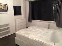 SHORT OR LONG TERM LARGE DOUBLE ROOM IN CLEAN AND QUIET HOUSE, 3 BATHROOMS, , 4 MIN WALK TOTTENHAM