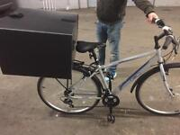 Delivery box for bicycle
