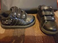 Girls size 7 shoes/trainers and boots