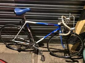 Raleigh Flyer Racer/Road Bike. Beautiful condition. Serviced, Free Lock, Lights, Delivery