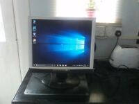 "19"" pc screen"