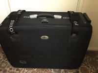 Hardly used POLO House lockable suitcase with 4 wheels and handle in very good condition