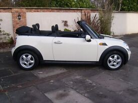 2010 MINI COOPER CABRIOLET CONVERTIBLE STUNNING CONDITION LOW MILEAGE BARGAIN!